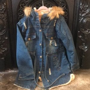 Distressed Denim jacket faux fur fully lined